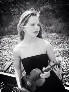 Sarah Bell ~ Fiddle Chic